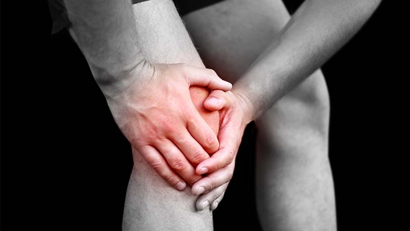 Knee sport injury and ACL tear